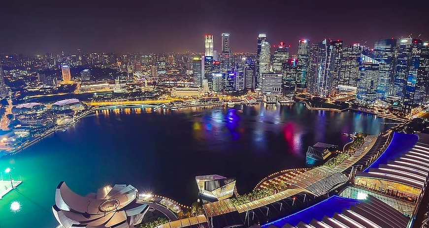 Photo de la vue du Marina Bay Sands SkyPark à Singapour